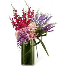 S30-4506 L'Arrangement FTD® Amour Discret™