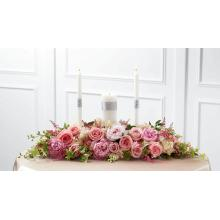 W18-4668 L'Arrangement Chandelle de l'Union, Romance Universelle™ de FTD®