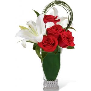 B21-4836 Le Bouquet FTD®, Pure Passion™